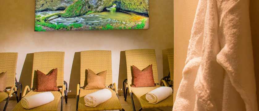 Hotel Feinschmeck, Zell am See, Austria - relaxation room.jpg